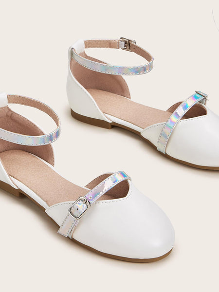 Girls Holographic Buckle Strap Flats - FLJ CORPORATIONS