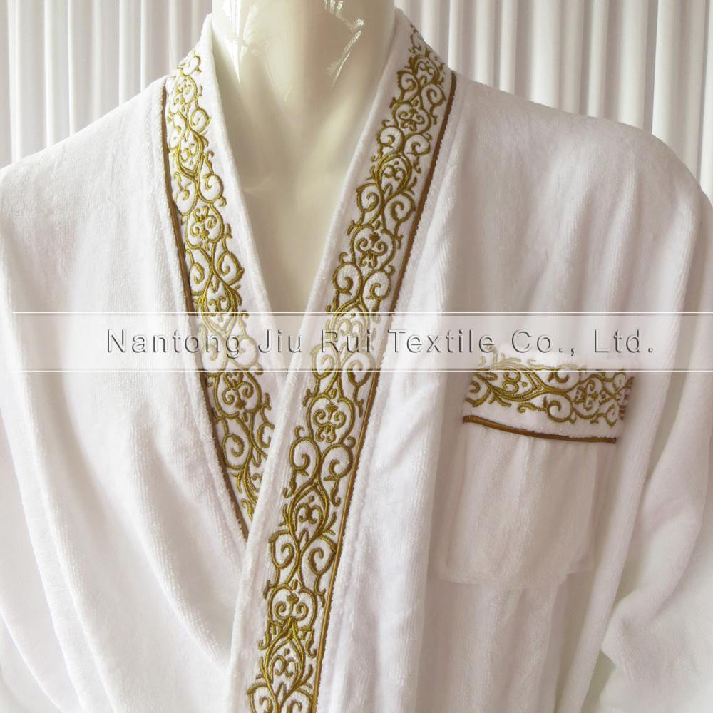 1PCS Free Shipping: 100% Soft Cotton White Man Dressed Bathrobe With Embroidery In The Edge