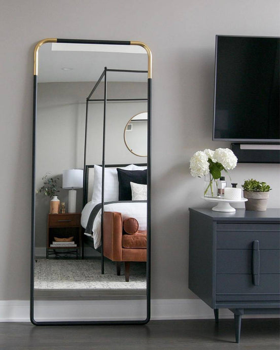 MIRRORS WE'RE LOVING AND WHY WE LOVE MIRRORS