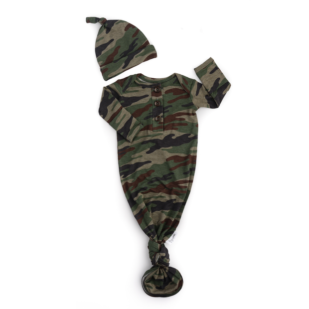 Gigi and Max - Camo knotted button newborn gown and hat