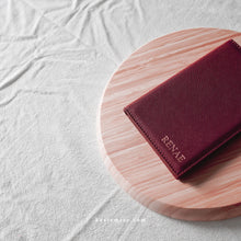 Load image into Gallery viewer, Avery Passport Holder in Burgundy - Kastemize