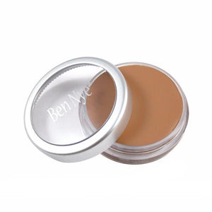 alt Ben Nye HD Matte Foundation