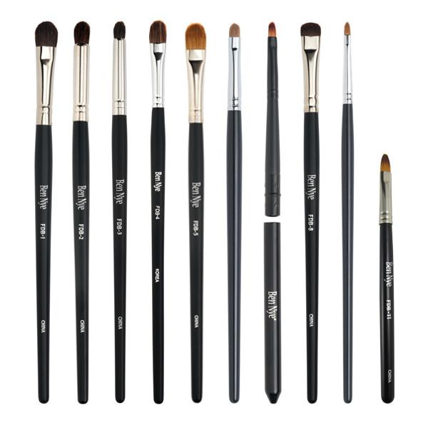 alt Ben Nye Fine Detail Makeup Brush