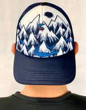 Load image into Gallery viewer, Mountain Ventures Trucker by Smartwool
