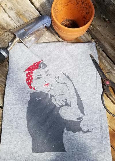 Rosie the Riveter Ultra Soft Heather Grey | T-Shirt