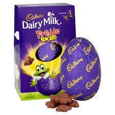 Cadbury Dairy MIlk Freddo Faces Easter Egg 122g