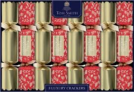 Tom Smith 8 Luxury Crackers Red & Gold