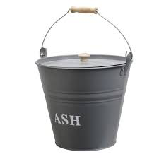 A La Maison Ash bucket with lid
