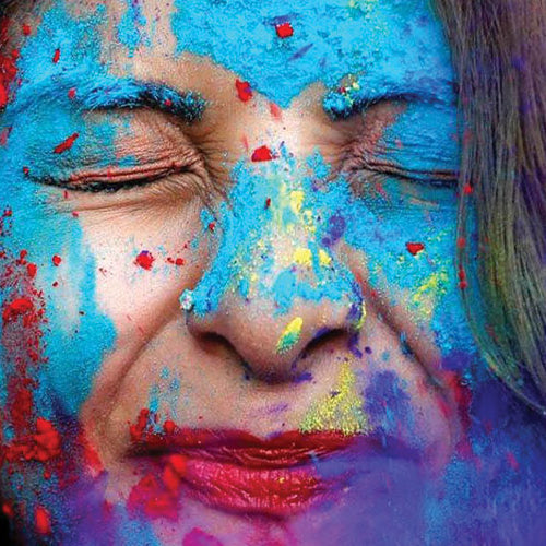 Tips To Prep Your Skin For Holi and Take Off Colour Safely