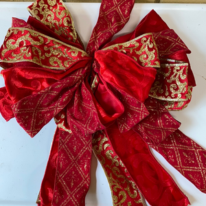 3 red ribbons bow