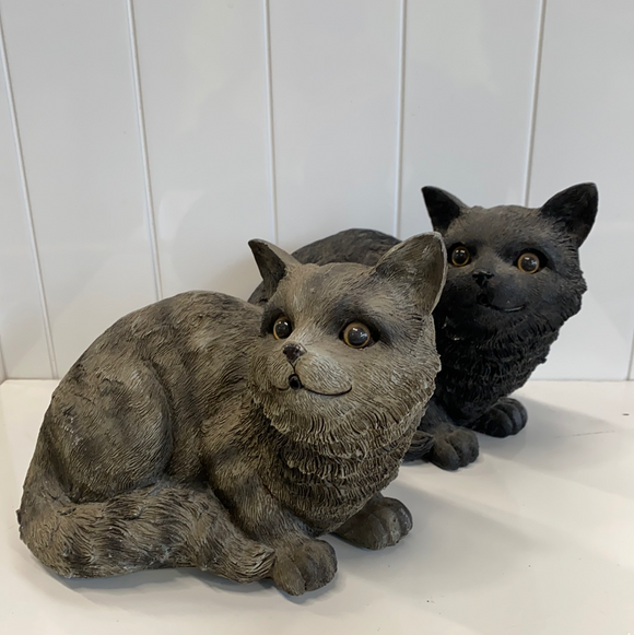Cat statue with sound