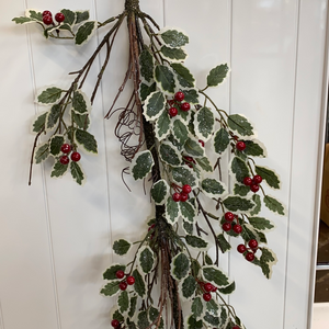 4ft Holly branch garland