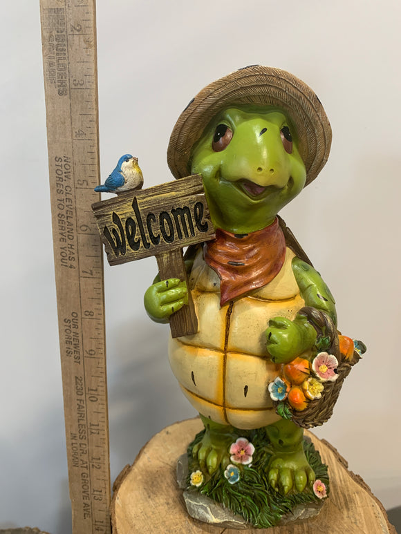 Turtle- Welcome With Flower Basket