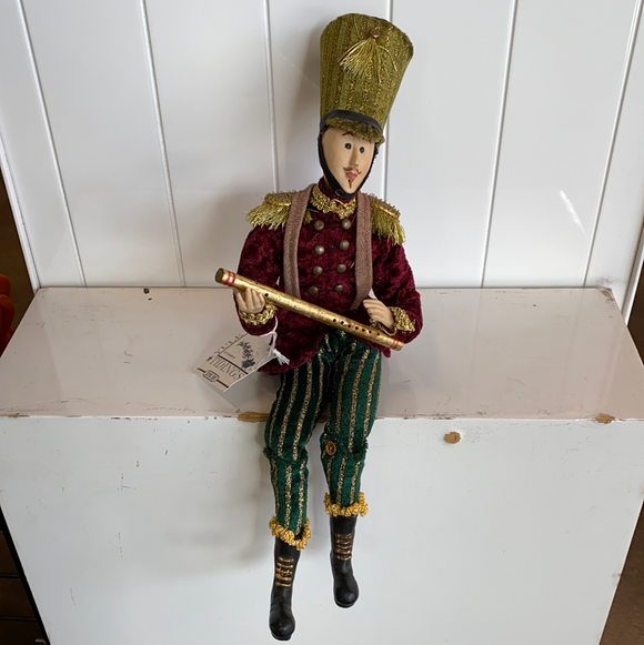 "15.5"" soldier with flute"