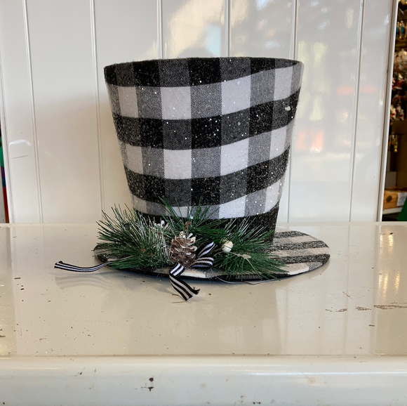 Holiday Black and White Top Hat (small)