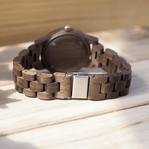 Back metal closure for walnut wooden watch