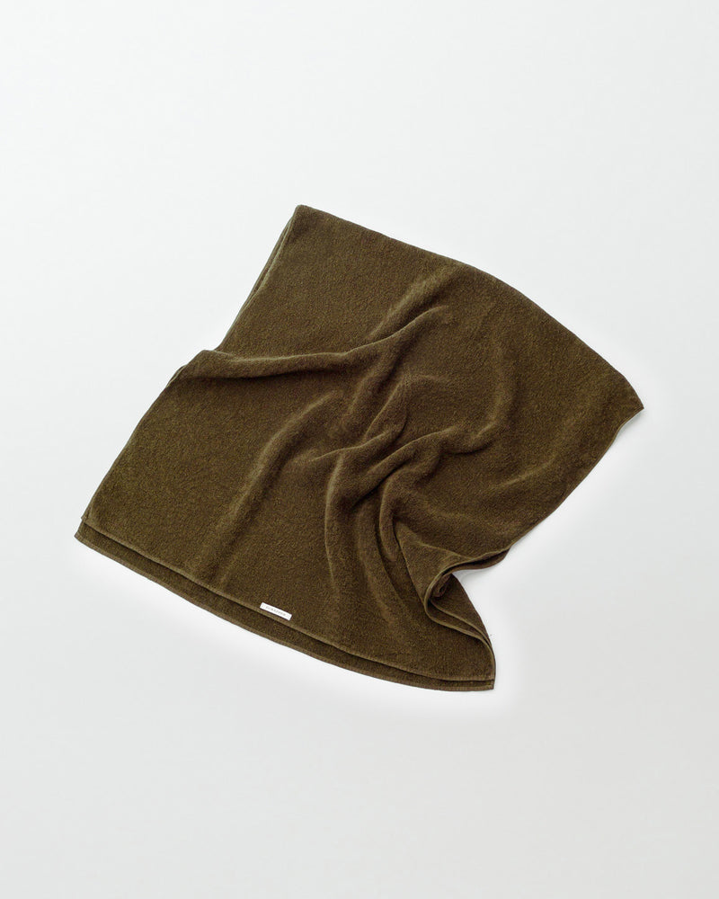 Botanically coloured linen towel