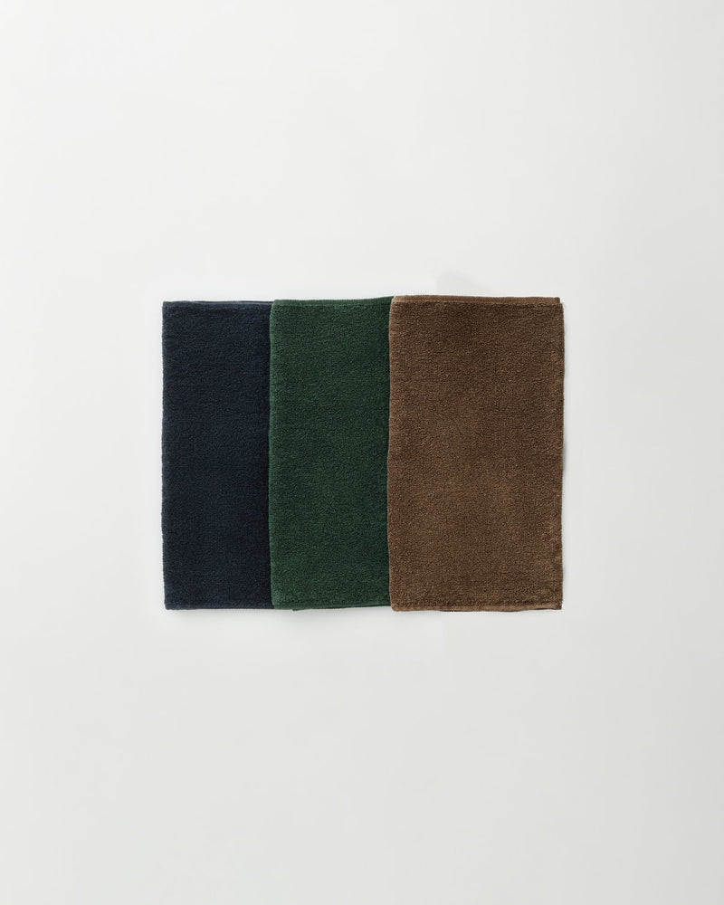 Botanically_coloured_linen_towel_2