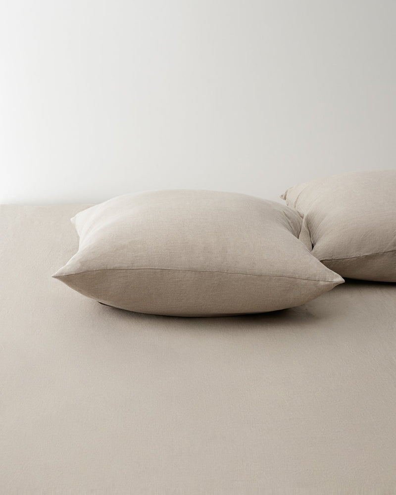 Raw_smooth_linen_square_pillow_case_3