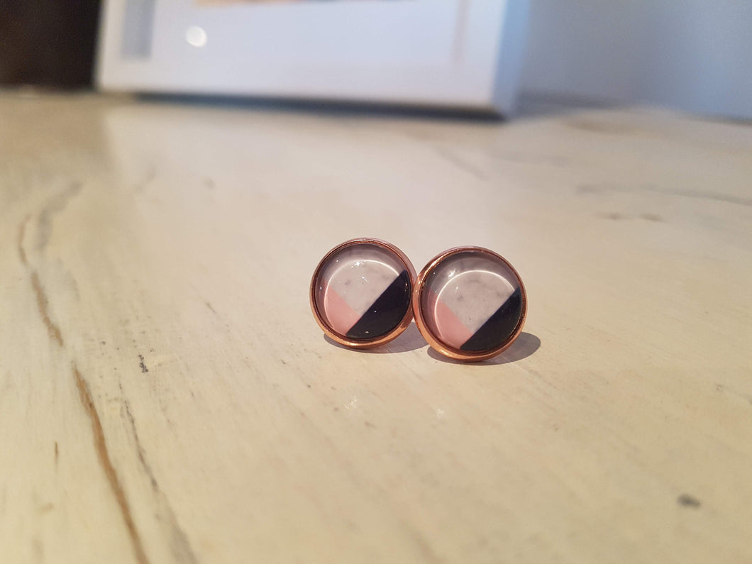 Colour blocks in Rose Gold