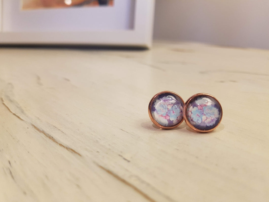 Blue-purple flowers in Rose Gold