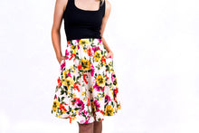 Load image into Gallery viewer, Belle skirt with Pockets