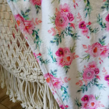 Load image into Gallery viewer, Baby fleece blanket princess peonies