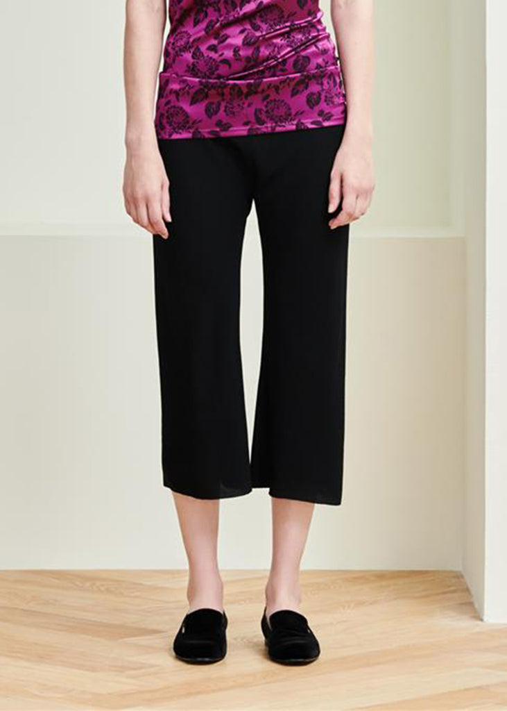MS MIN  Elastic Waisted Bias-Cut Cropped Pant (Black)