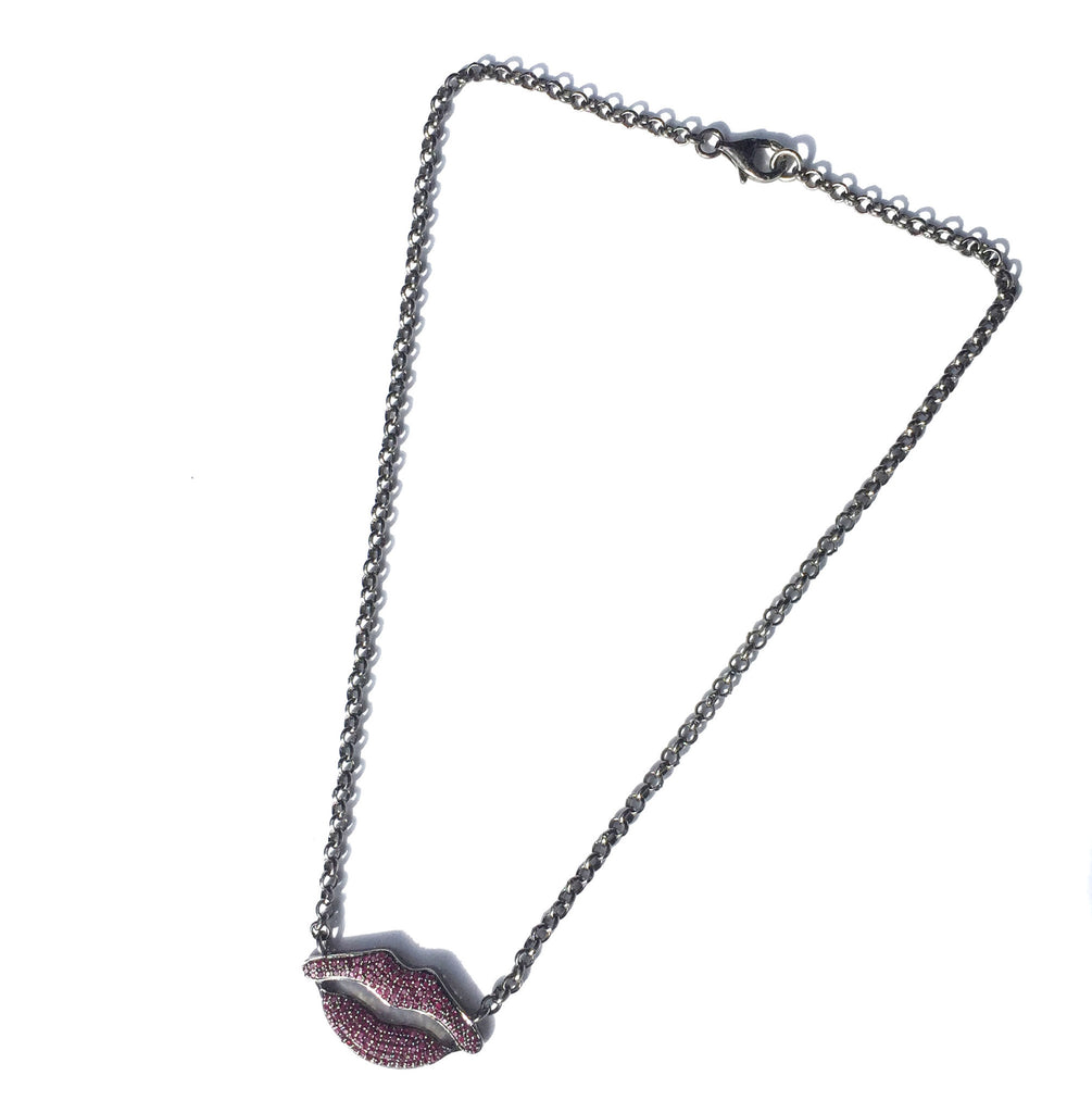 VINTAGE COLLECTIONS Ruby Lip Necklace