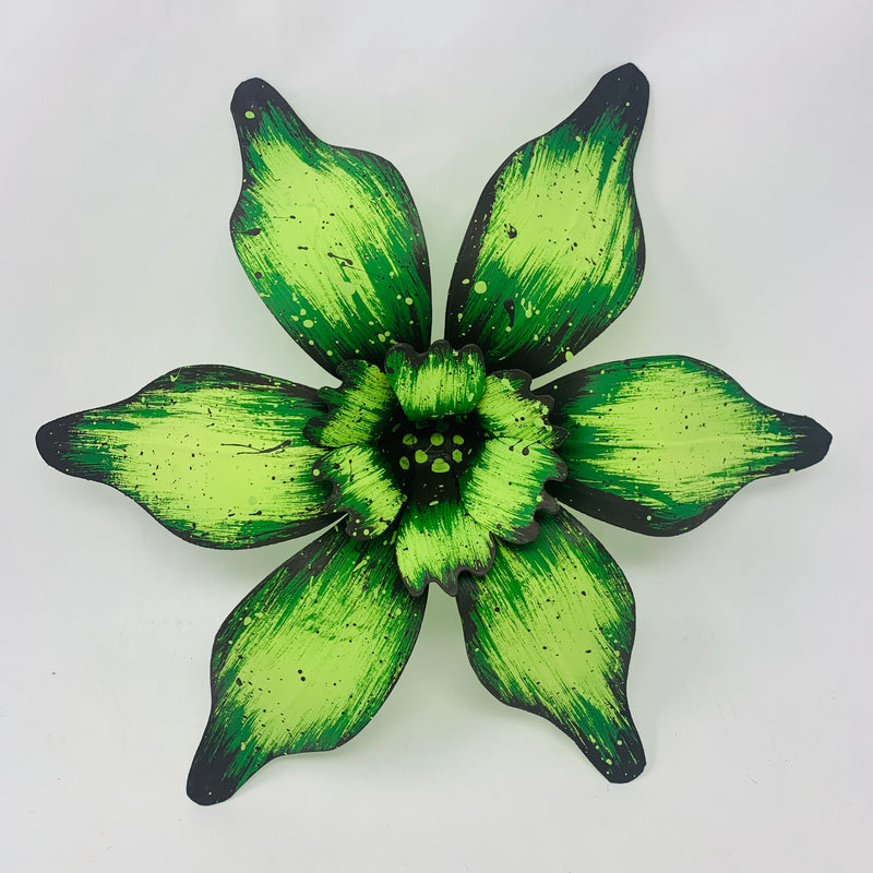 "15"" Small Green Carnival House Float Flowers"