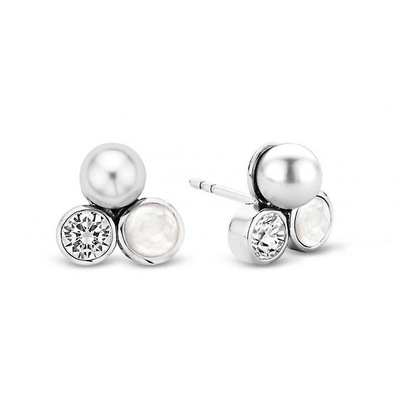 White Pearl Trio Earrings - SHOPKURY.COM