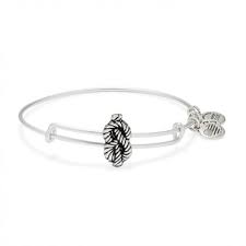 Sailors Knot Bracelet by Alex and Ani - Available at SHOPKURY.COM. Free Shipping on orders over $200. Trusted jewelers since 1965, from San Juan, Puerto Rico.