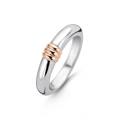 Rose Ribbed Ring by Ti Sento - Available at SHOPKURY.COM. Free Shipping on orders over $200. Trusted jewelers since 1965, from San Juan, Puerto Rico.