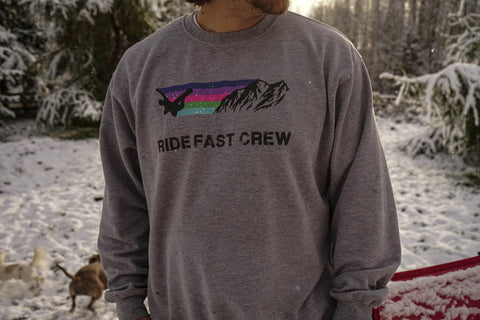 MOUNTAIN CREWNECK BOARD