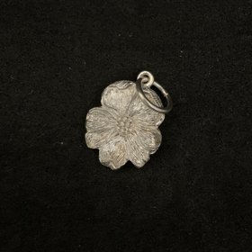 Malcolm Appleby Flower Bee Pendant | Taylors on the High Street
