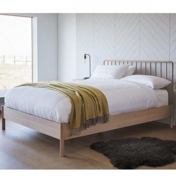 Wycombe Spindle Bed