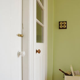 Little Greene - 105 - Slaked Lime