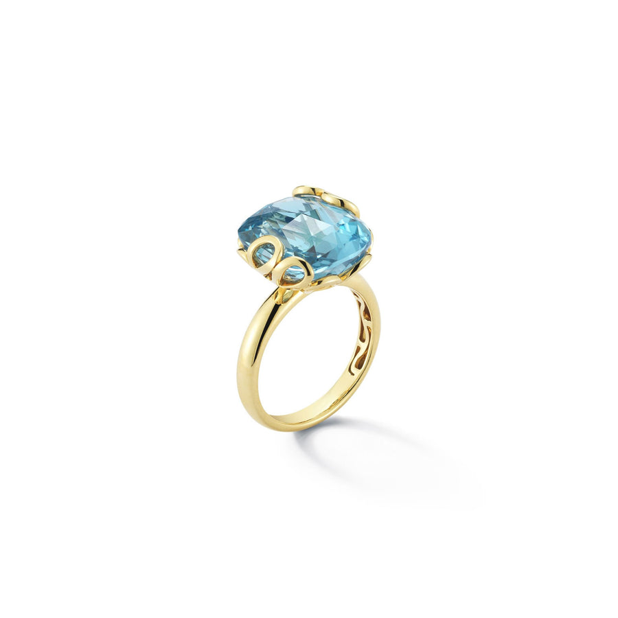 Sea Leaf yellow gold setting, set with blue topaz