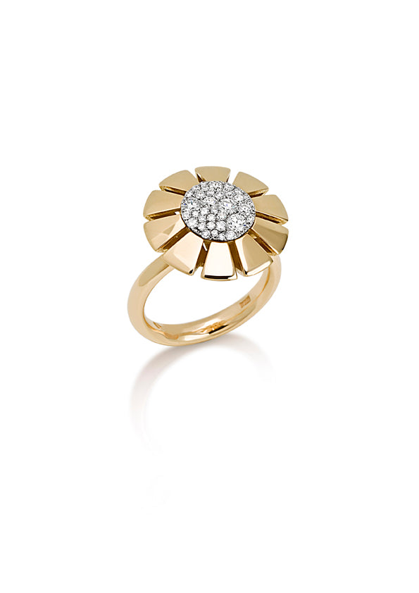 Ring 18K yellow gold with fvs1 diamond pave top