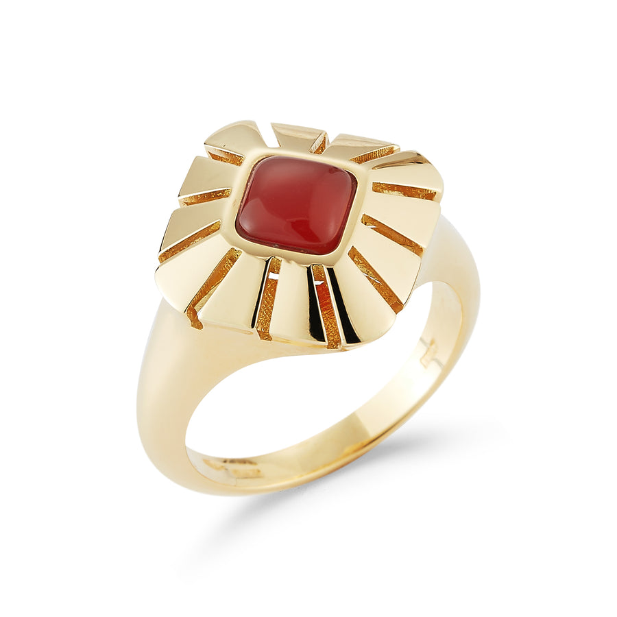 Ventaglio ring in 18K yellow gold with carnelian center stone