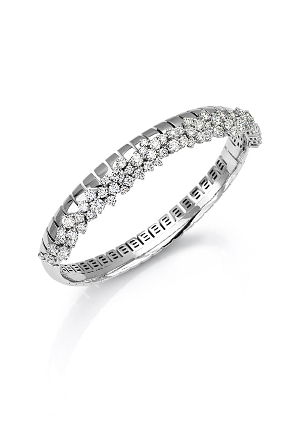 Bracelet 18K white gold with fvs1 diamond cluster & hidden closure
