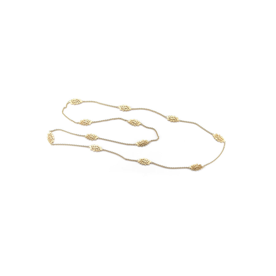 Sea Leaf long necklace in 18K yellow gold with small closed leaf motif