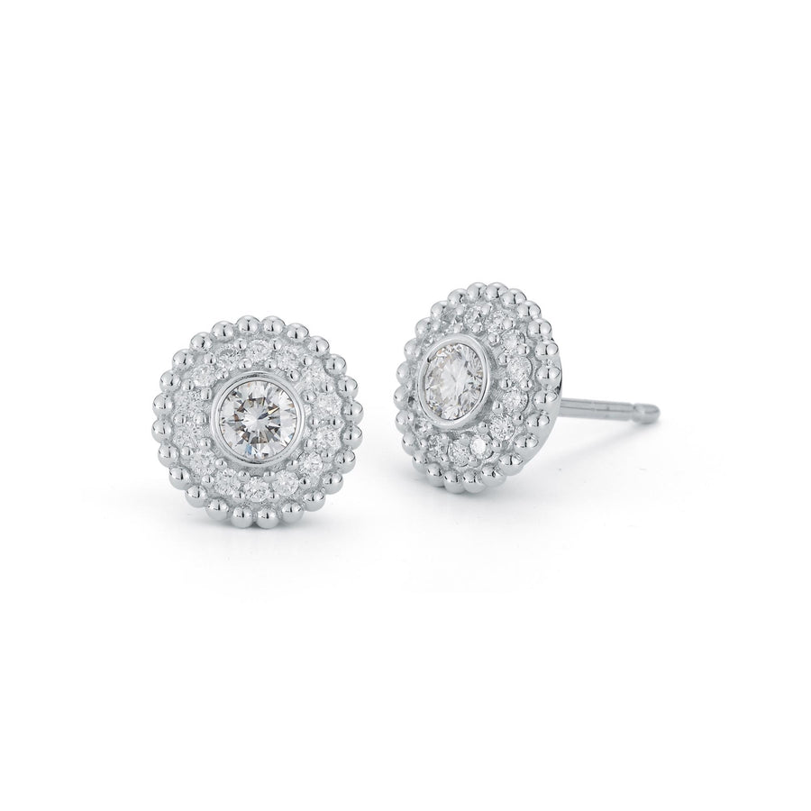 Marea stud style earrings in 18K white gold with white pave diamonds