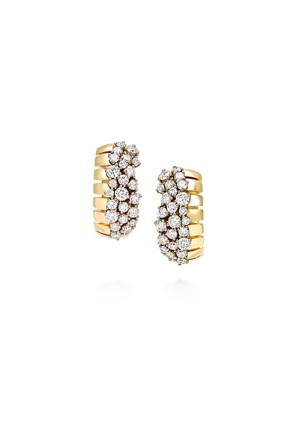 Ventaglio small clip earrings in 18K yellow gold with white diamonds