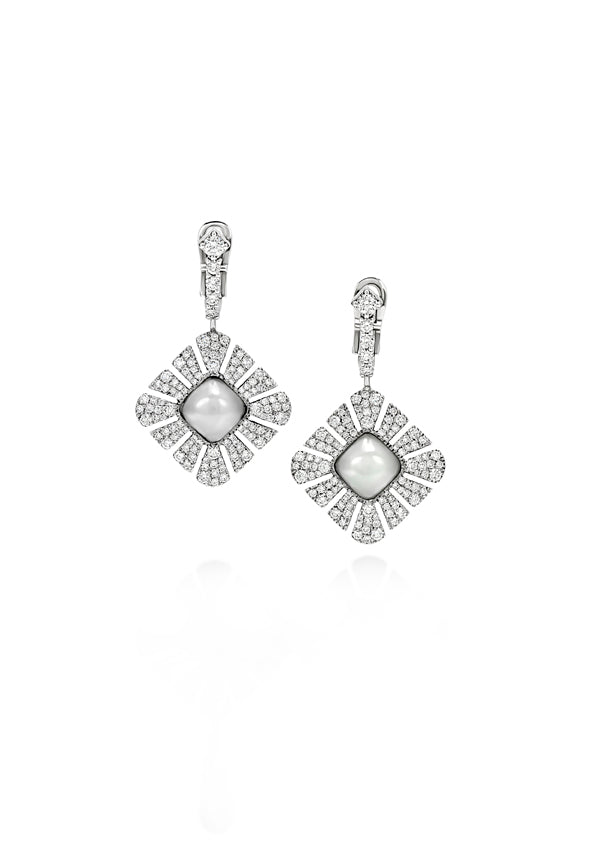 Ventaglio earrings in 18K white gold with pave diamonds and moonstone