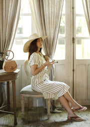Wide Round Palm Straw Hat in Nude Beige
