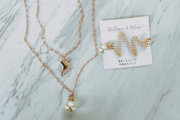 Golden Skate & Pearl Necklace