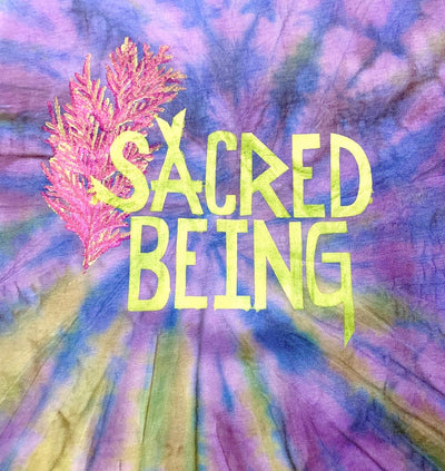 "T-Shirt ""SACRED BEING"""