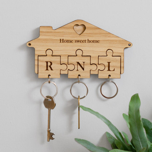 Personalised jigsaw key ring holder