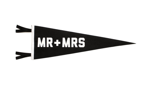 Mr + Mrs Wedding Pennant